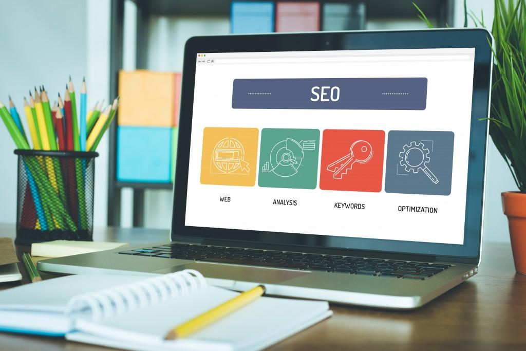 laptop showing seo