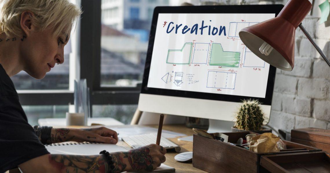 man creating blogs